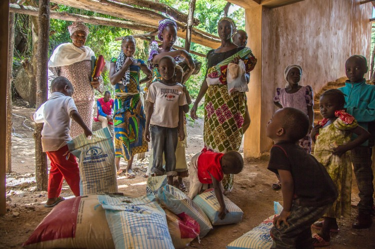nigeria-displaced-women