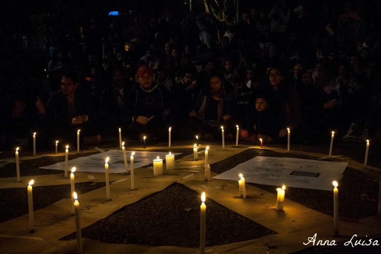 candles-in-bolivar-plaza